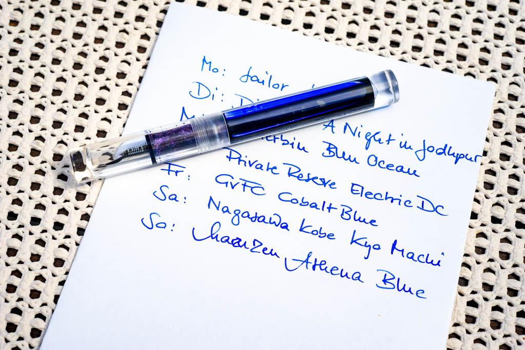 P.W.Akkerman, Delfts Blauw - Moonman C1, F-Feder