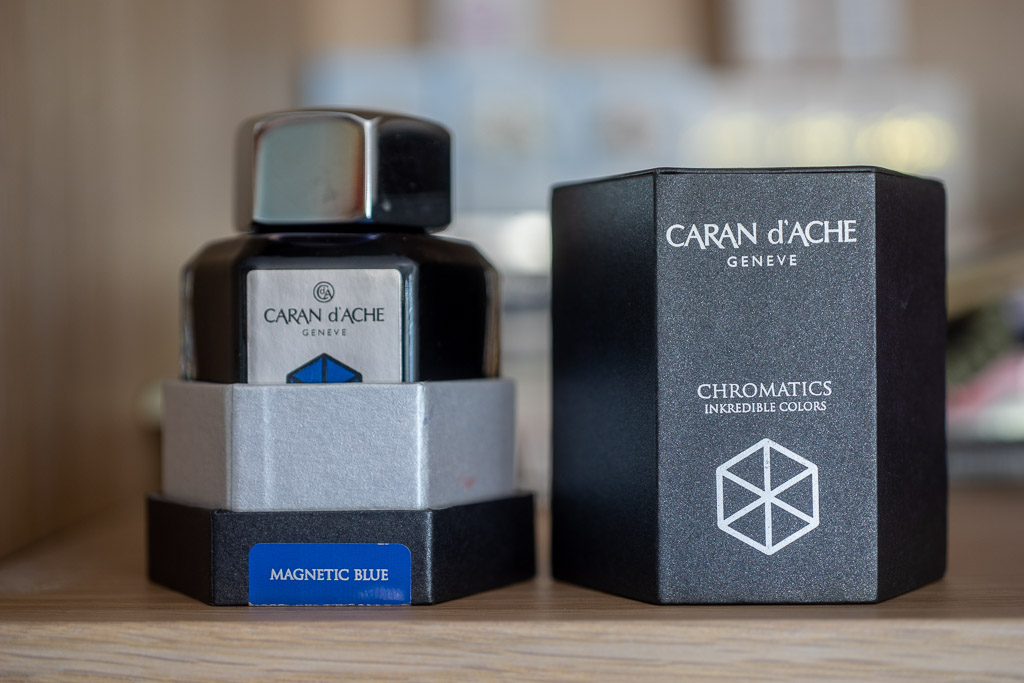 Caran d'Ache Chromatics, Magnetic Blue